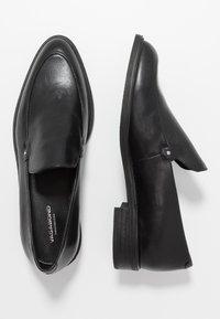 Vagabond - FRANCES - Nazouvací boty - black - 5