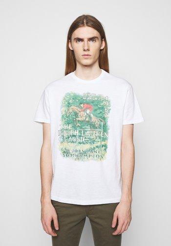 UNEVEN - T-shirt con stampa - white
