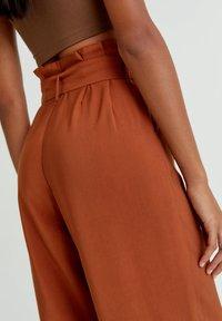 PULL&BEAR - Trousers - mottled orange - 4