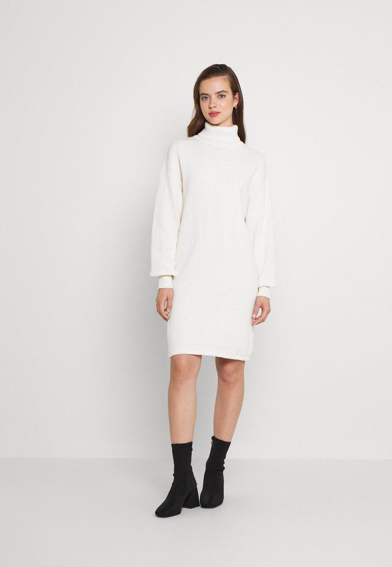 NU-IN - ROLL NECK MINI DRESS - Jumper dress - off-white