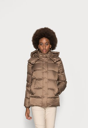 Down jacket - nutshell brown