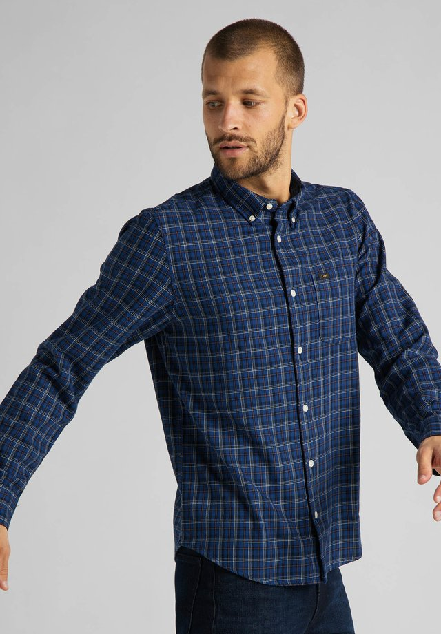 BUTTON DOWN - Camisa - washed blue