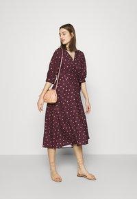 Closet - CLOSET GATHERED  - Day dress - brown - 1
