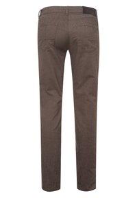 BRAX - STYLE CADIZ C - Trousers - toffee - 6