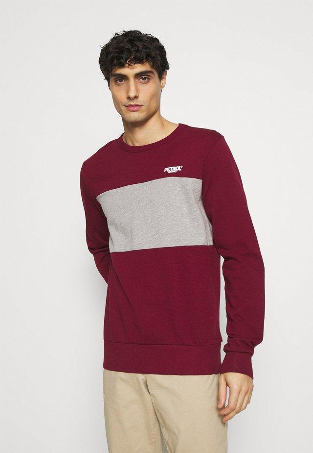 Sweatshirt - scar red
