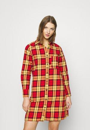 NEW IBERIA DRESS - Shirt dress - fiery red