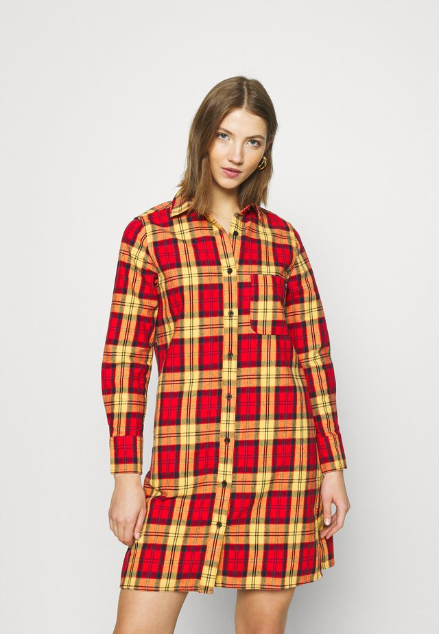 NEW IBERIA DRESS - Shirt dress - fiery red