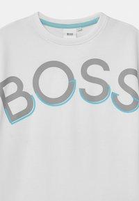 BOSS - SHORT SLEEVES  - Print T-shirt - white - 2