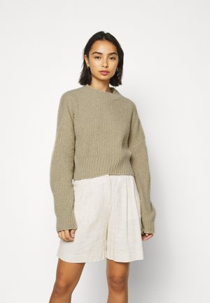 CROPPED FLUFFY JUMPER - Strickpullover - oatmeal