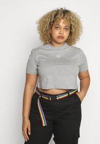 adidas Originals - CROPPED TEE - T-shirts - medium grey heather - 2