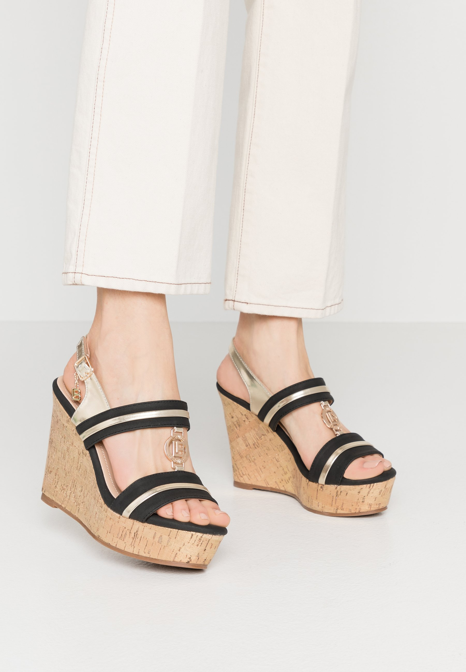 Women High heeled sandals - black
