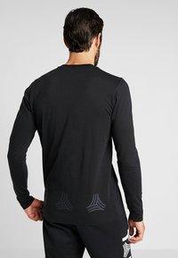 adidas Performance - TAN LOGO TEE - Langærmede T-shirts - black - 2