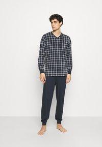 Ceceba - V-NECK SET - Pyjamas - blue dark - 0