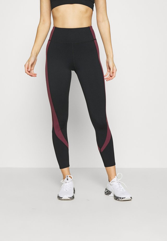 PANELLED LEGGINGS CORE - Leggings - black