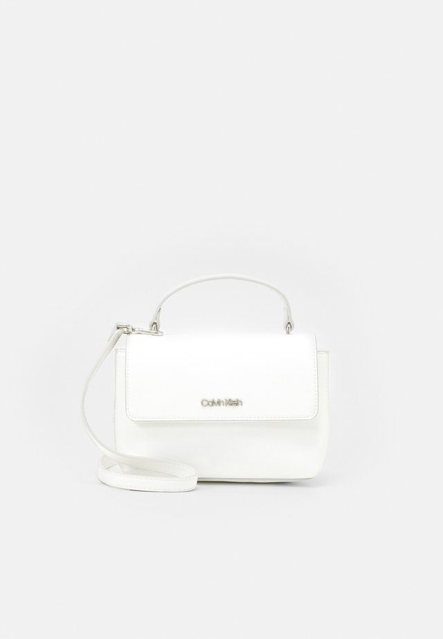 FLAP MINI BAG TOP HANDLE - Borsa a mano - white
