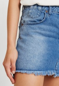 One Teaspoon - HOLLYWOOD MID RISE RELAXED MINI SKIRT - A-linjainen hame - hollywood - 4
