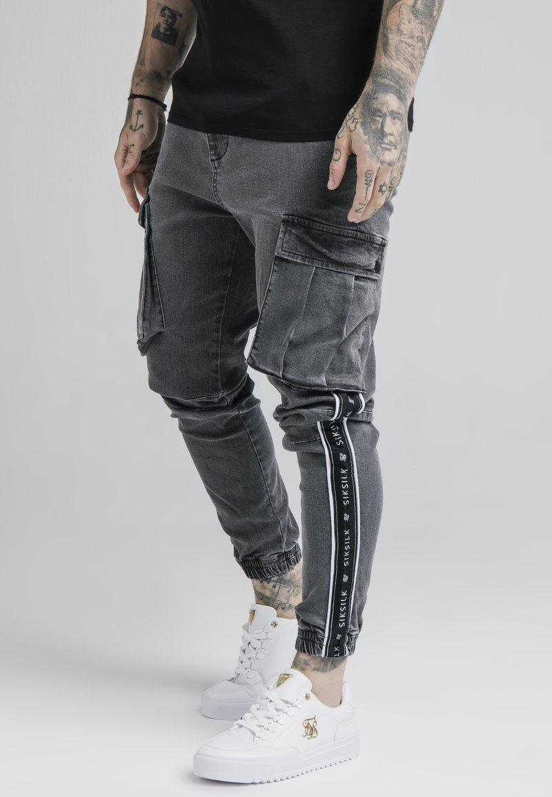 SIKSILK - TAPED CARGO PANTS - Cargobroek - dark grey