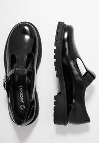Monki - ANDREA SHOE UNIQUE - Nazouvací boty - black - 3
