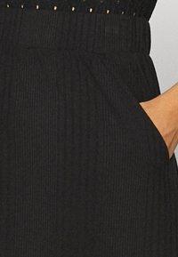 Object Tall - OBJCELIA LONG SKIRT TALL - Maxi skirt - black - 4