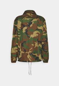 Polo Ralph Lauren - PLAINWEAVE COACH'S JACKET - Summer jacket - khaki - 1