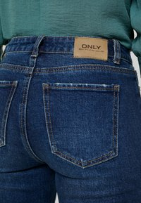 ONLY Petite - ONLEMILY - Jean droit - dark blue denim - 5