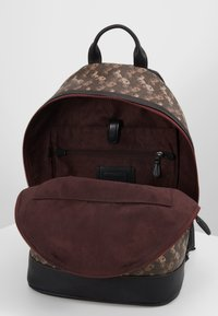 Coach - BARROW BACKPACK IN HORSE AND CARRIAGE  - Reppu - black/brown - 4