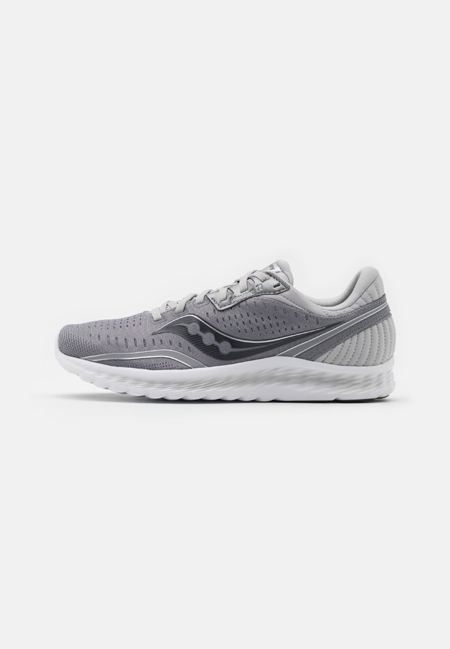 KINVARA 11 - Zapatillas de running neutras - alloy/charcoal