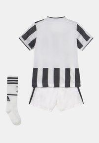 adidas Performance - JUVENTUS TURIN H MINI SET UNISEX - Pelipaita - white/black - 1