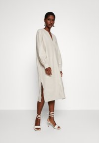 Ibana - DORRIS TUNIC DRESS - Shift dress - cream - 0