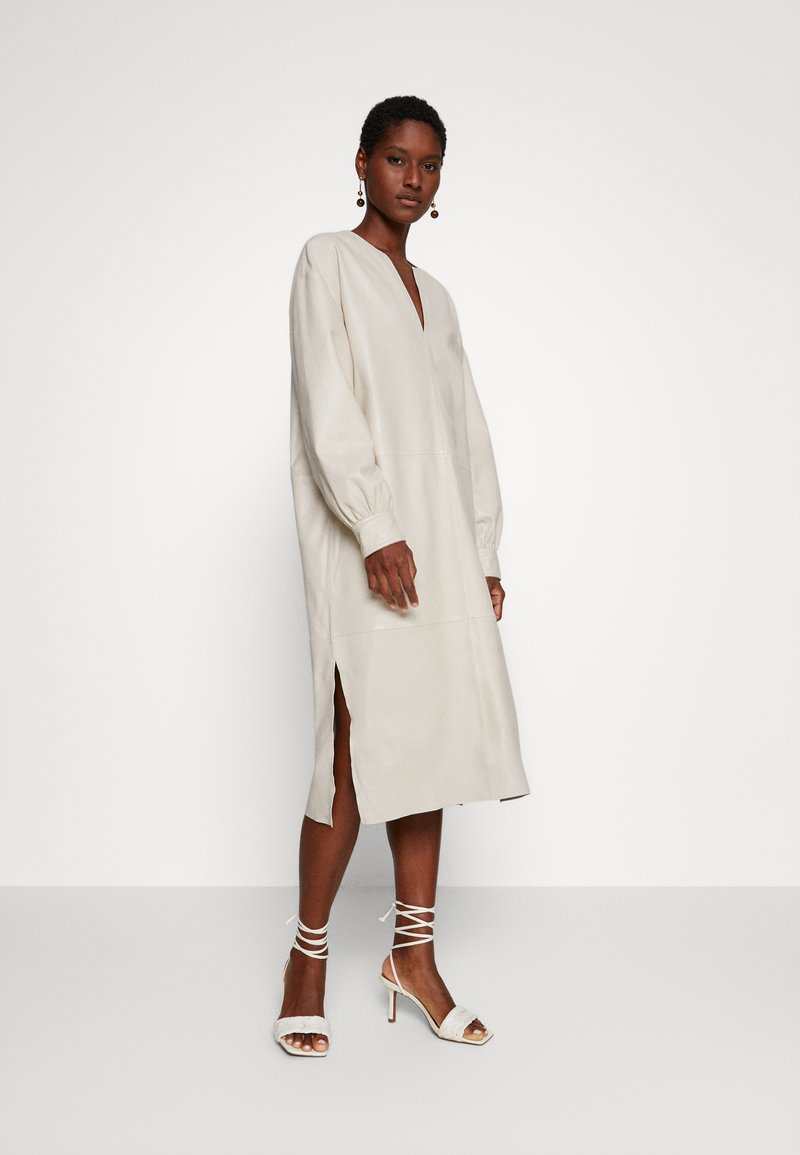 Ibana - DORRIS TUNIC DRESS - Shift dress - cream