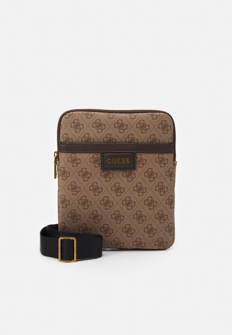 Guess - VEZZOLA PRINT - Across body bag - brown