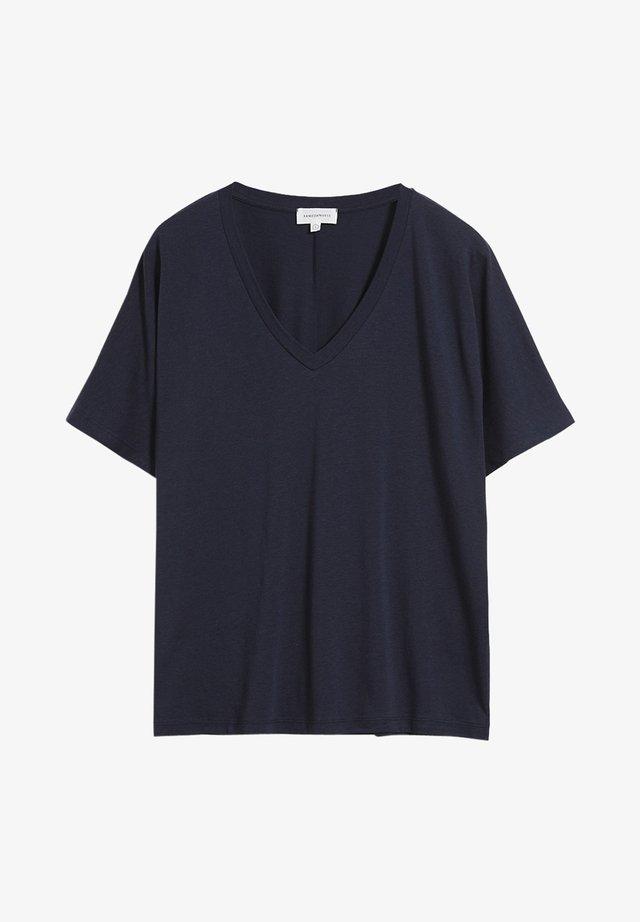 MIRAA - Basic T-shirt - night sky