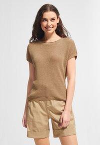 comma casual identity - Print T-shirt - sand - 4
