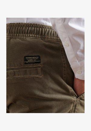 Trousers - oak