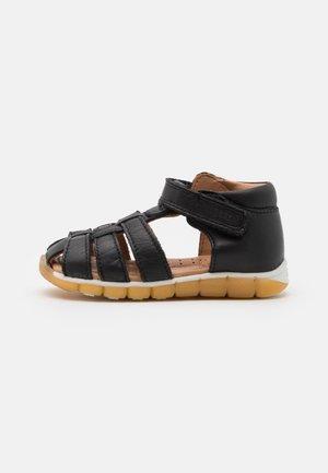 BILLIE UNISEX - Sandals - black