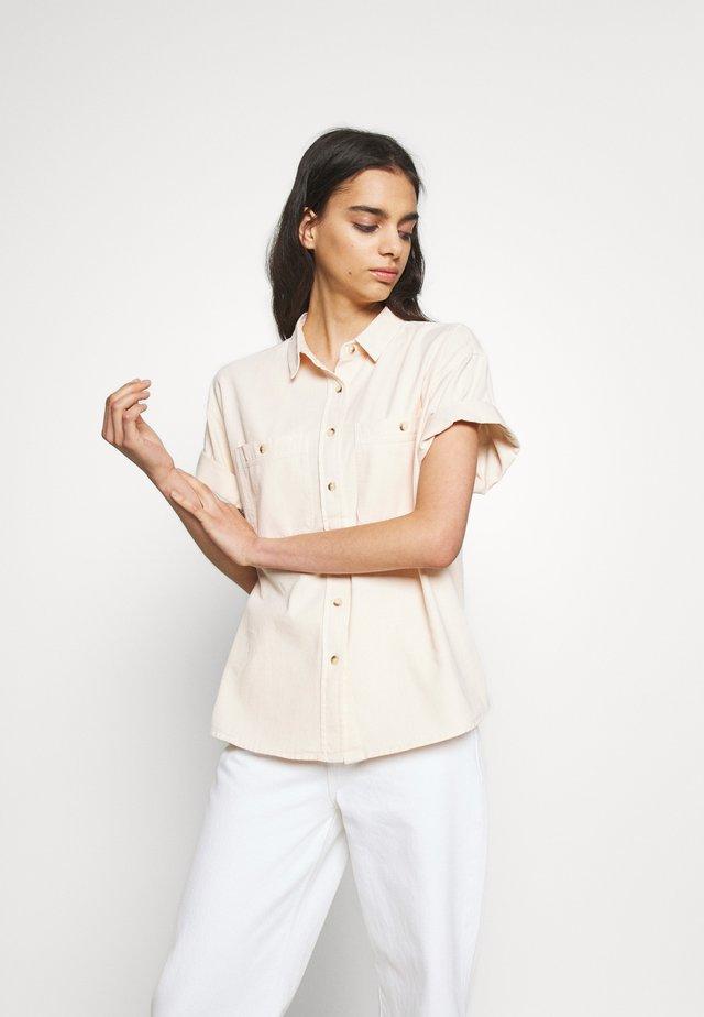 DARIA SHIRT - Button-down blouse - soft pink