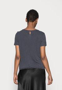 Opus - SIEKE - Print T-shirt - simply blue - 2