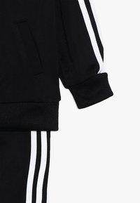 adidas Originals - SUPERSTAR SET - Zip-up hoodie - black/white - 5