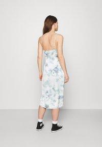 Abercrombie & Fitch - MIDI DRESS - Day dress - green/blue - 2