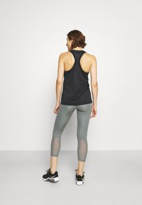 Nike Performance - TANK - Funktionsshirt - black/white - 2