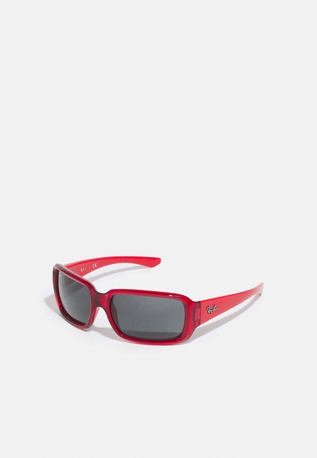 JUNIOR UNISEX - Okulary przeciwsłoneczne - transparent red