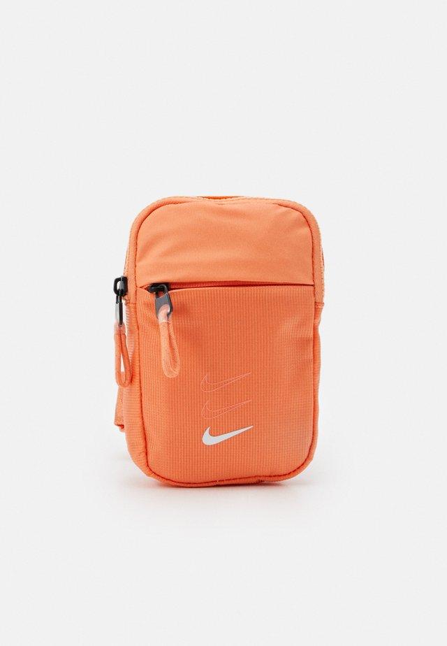 ESSENTIALS UNISEX - Across body bag - orange frost/healing orange/white