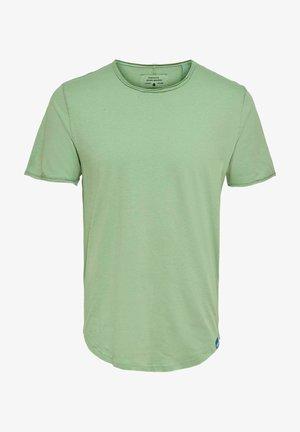 Camiseta básica - basil