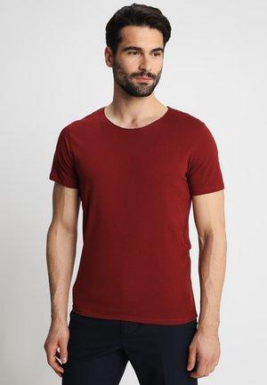 SLHLUKE O-NECK TEE - T-shirt - bas - syrah
