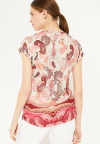 comma - Print T-shirt - rose summer paisley - 2