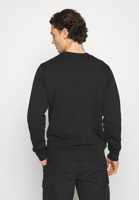 Calvin Klein Jeans - MONOGRAM CREW NECK - Sweatshirt - black/pink - 2
