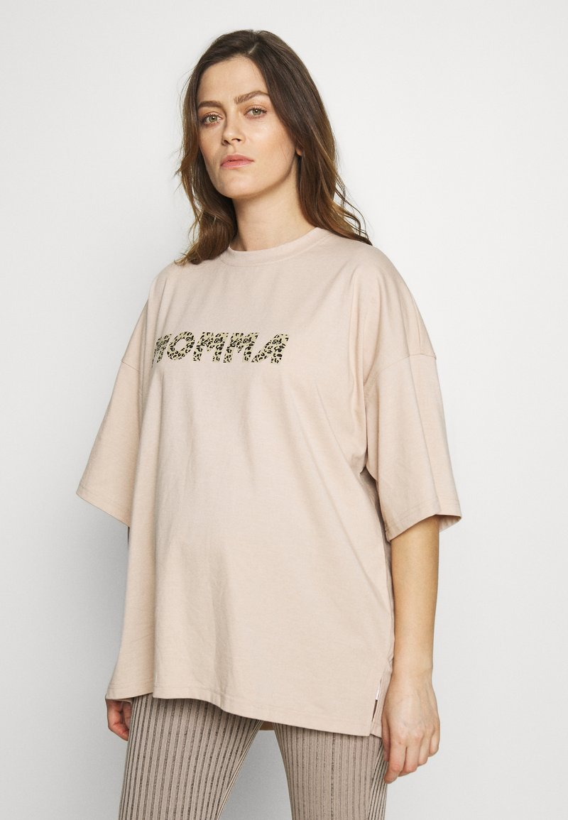 Missguided Maternity - MATERNITY LEOPARD MOMMA - Print T-shirt - cream