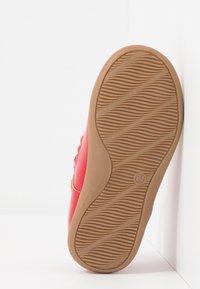 Friboo - Ballerinaskor med remmar - red - 5