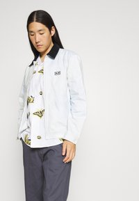 Obey Clothing - BUTTERFLY - Shirt - white/multi coloured - 5