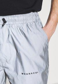 Mennace - SHADOW TRACKSUIT TROUSER - Tracksuit bottoms - grey - 5